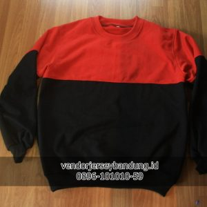 sweater dua warna